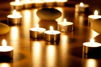 glowing candles for yoga